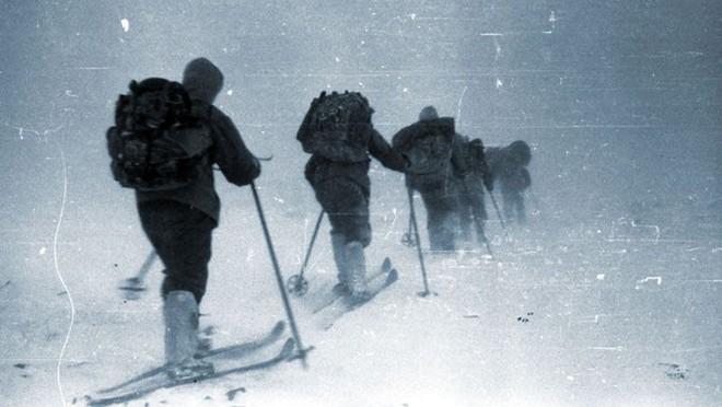 Thảm kịch đoàn thám hiểm chết khó hiểu trên núi tuyết: Bí ẩn không lời giải của thế kỷ 20 - Ảnh 3.