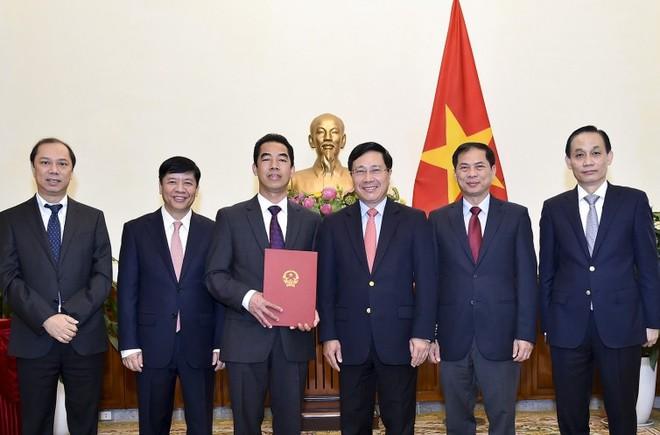 Công bố quyết định nhân sự của Thủ tướng Chính phủ - Ảnh 1.