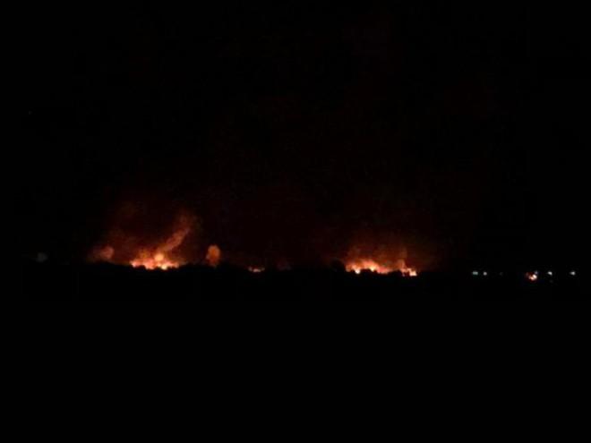 Liên quân do Mỹ dẫn đầu không kích đẫm máu Baguz, Syria - Thương vong lớn - Ảnh 2.