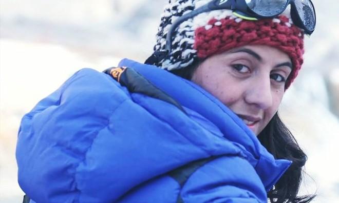 Ngôi làng kỳ lạ tại Pakistan: Phụ nữ muốn leo núi đến kiệt quệ mới thấy hạnh phúc - Ảnh 8.