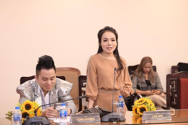 Giải Cống Hiến 2019: Mỹ Tâm không được đề cử, Mỹ Linh và Tùng Dương muốn nhường giải cho đàn em - Ảnh 1.