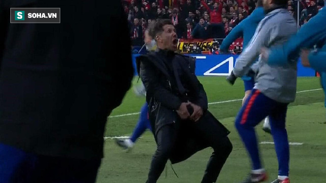 Ronaldo sẽ phải trả giá đắt vì màn ăn mừng phản cảm để trả đũa Diego Simeone? - Ảnh 1.