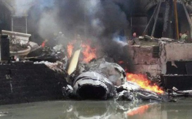 Máy bay chiến đấu đâm đầu xuống đất, quân đội Trung Quốc liền có động thái bất ngờ