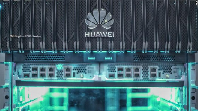 Ông chủ Huawei Nhậm Chính Phi nói thẳng: Nếu họ không mua của chúng tôi, chúng tôi bán cho người khác! - Ảnh 1.