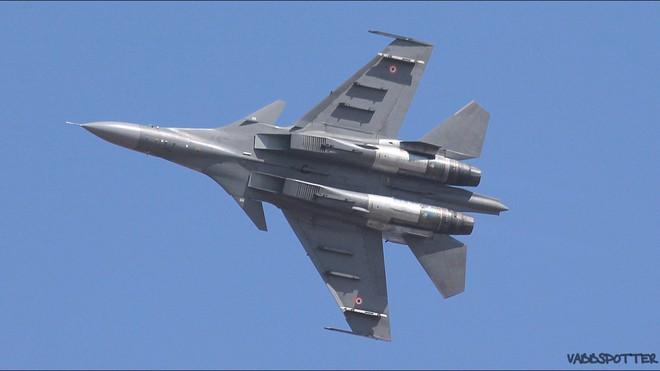 Nguyên nhân bất ngờ khiến Su-30MKI Ấn Độ không thể giao chiến với tiêm kích Pakistan - Ảnh 3.