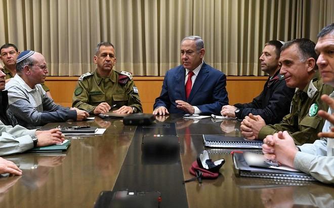 Trái tim Tel Aviv bị tấn công nghiêm trọng nhất từ 2014 - Hãy cầu nguyện cho Israel! - Ảnh 4.