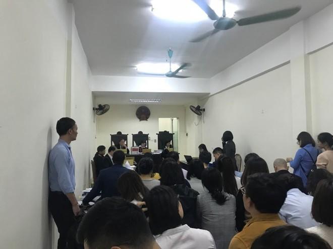 Tranh cãi gay gắt quyền sở hữu giữa đạo diễn Việt Tú với công ty của chúa đảo Tuần Châu - Ảnh 1.