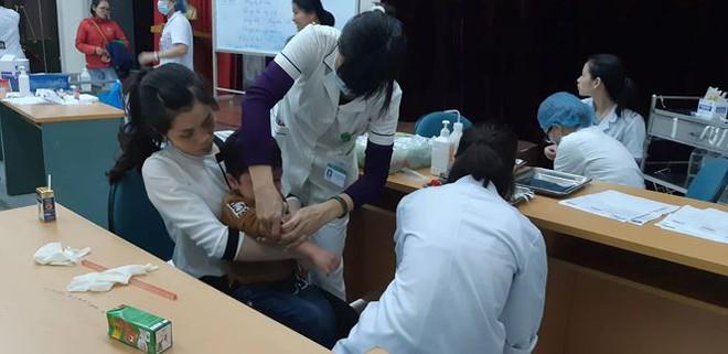 Chủ tịch tỉnh Bắc Ninh chỉ đạo khẩn sau vụ hàng chục trẻ em bị sán lợn - Ảnh 1.