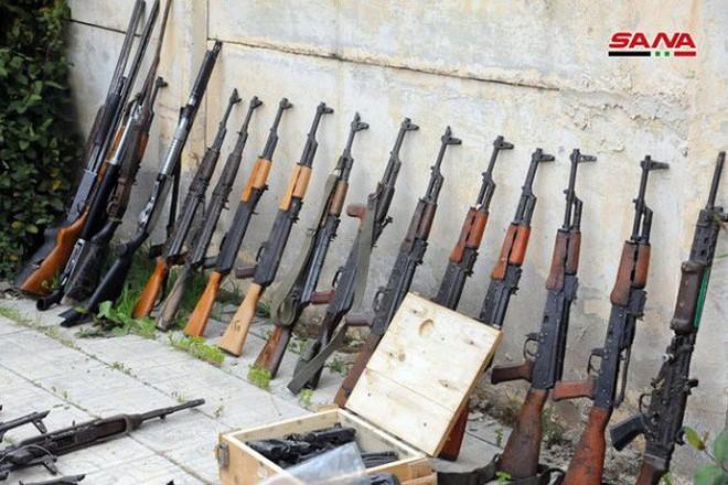 """Quân đội Syria tiếp tục thu hoạch vũ khí trang bị của """"quân nổi dậy"""" ở Daraa - Ảnh 2."""