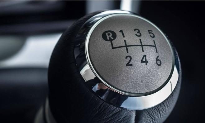 Những chức năng trên ô tô khiến tài mới toát mồ hôi - Ảnh 4.