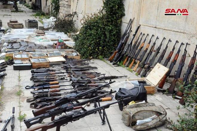 """Quân đội Syria tiếp tục thu hoạch vũ khí trang bị của """"quân nổi dậy"""" ở Daraa - Ảnh 6."""