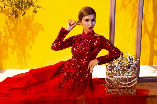 Kim Tuyến quyến rũ, xinh đẹp khi diện áo dài cách tân - Ảnh 13.