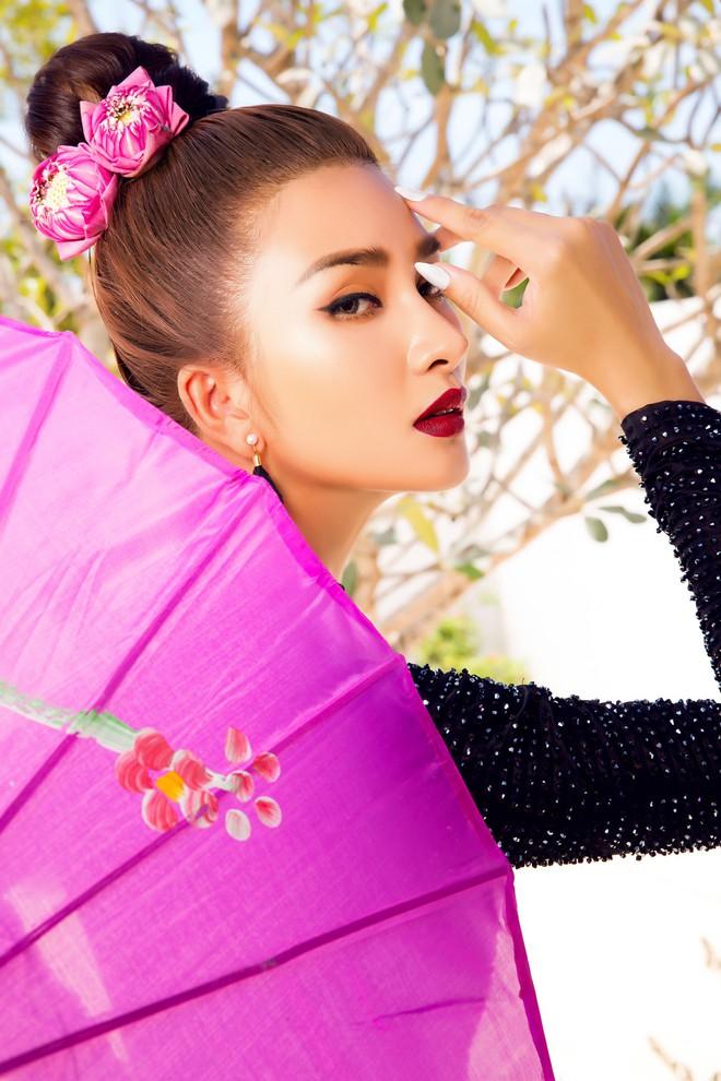 Kim Tuyến quyến rũ, xinh đẹp khi diện áo dài cách tân - Ảnh 2.
