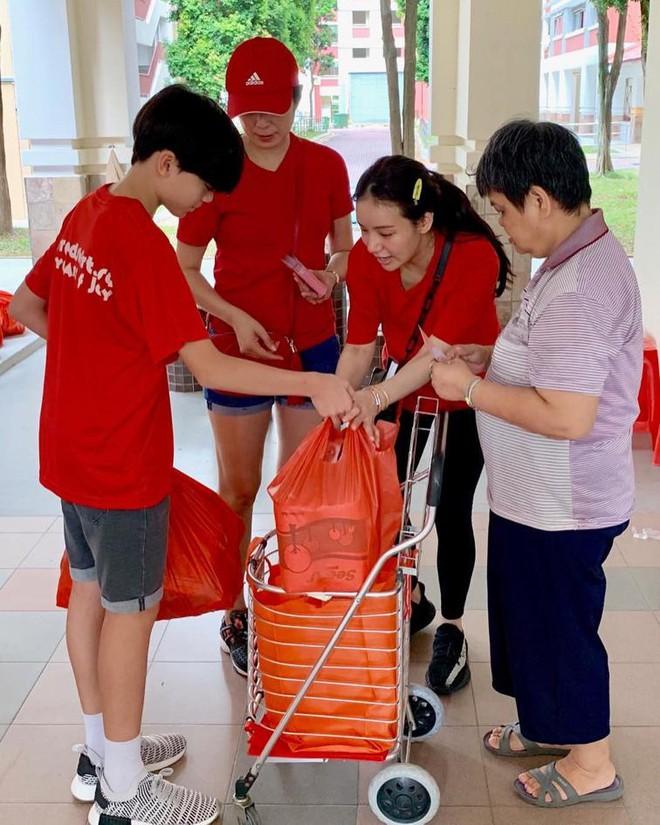 Ái nữ tỷ phú Singapore: Sống sang chảnh, là bạn thân Seungri, Cristiano Ronaldo - Ảnh 11.