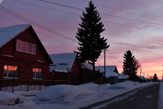 Ảnh: Cuộc sống tại một ngôi làng ở xứ Siberia lạnh cóng của nước Nga - Ảnh 1.