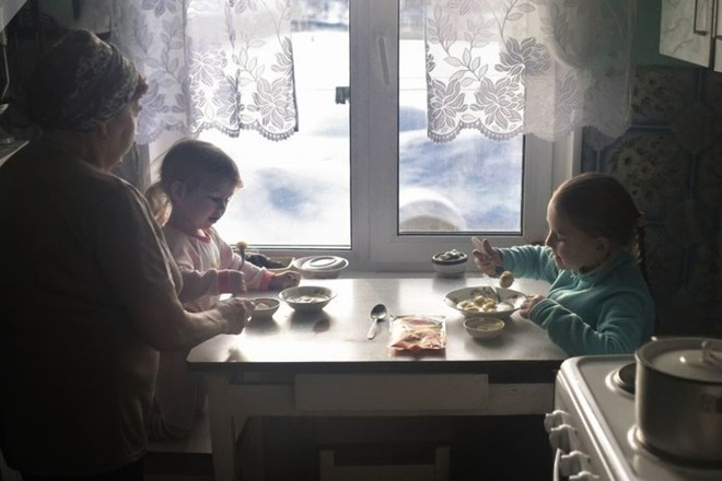Ảnh: Cuộc sống tại một ngôi làng ở xứ Siberia lạnh cóng của nước Nga - Ảnh 6.