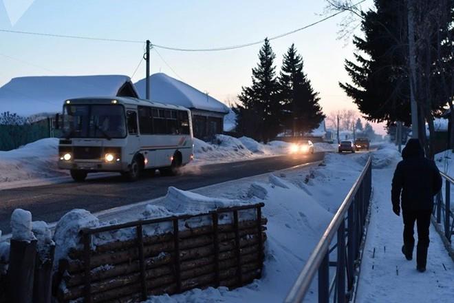 Ảnh: Cuộc sống tại một ngôi làng ở xứ Siberia lạnh cóng của nước Nga - Ảnh 7.