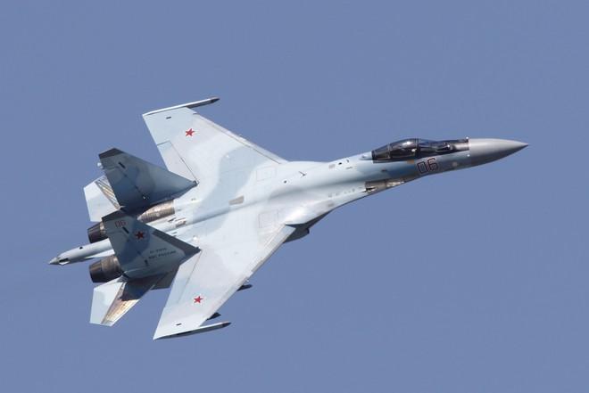Tiêm kích Su-35 Nga vừa có thêm khách hàng mới: Thay thế MiG-21 - Ảnh 1.