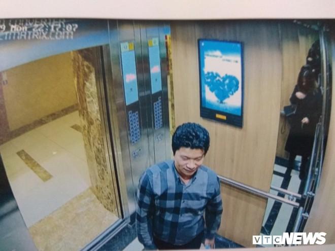 Đỗ Mạnh Hùng - kẻ sàm sỡ, cưỡng hôn nữ sinh trong thang máy là ai? - Ảnh 1.