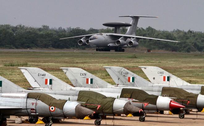 Không chiến ác liệt 8 chọi 24, MiG-21 Ấn Độ vẫn hạ đo ván F-16 Pakistan: Giấc mộng 21 tỷ USD của Lockheed Mỹ sụp đổ