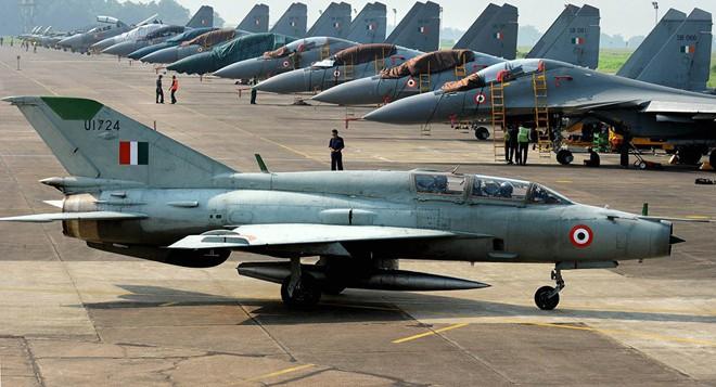 Không chiến ác liệt 8 chọi 24, MiG-21 Ấn Độ vẫn hạ đo ván F-16 Pakistan: Giấc mộng 21 tỷ USD của Lockheed Mỹ sụp đổ - Ảnh 2.