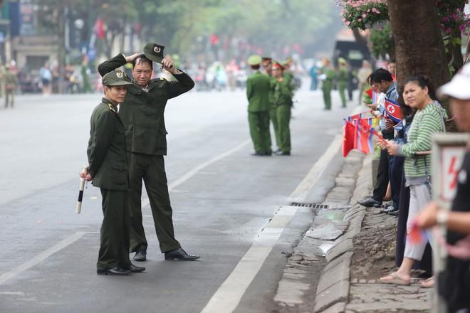 [Ảnh] Toàn cảnh hành trình từ Hà Nội đến Đồng Đăng của Chủ tịch Triều Tiên Kim Jong-un - Ảnh 2.