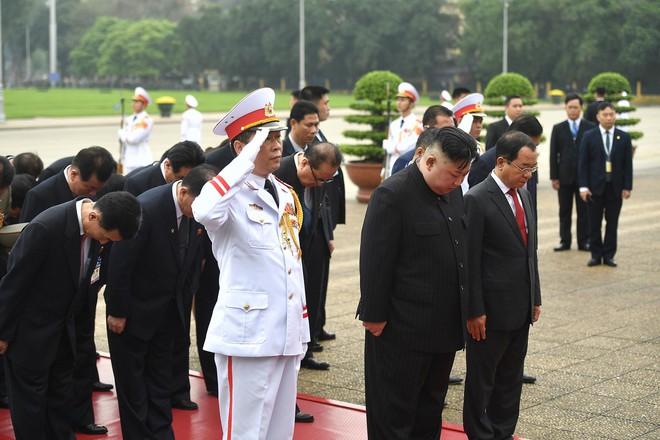 [Ảnh] Toàn cảnh hành trình từ Hà Nội đến Đồng Đăng của Chủ tịch Triều Tiên Kim Jong-un - Ảnh 35.