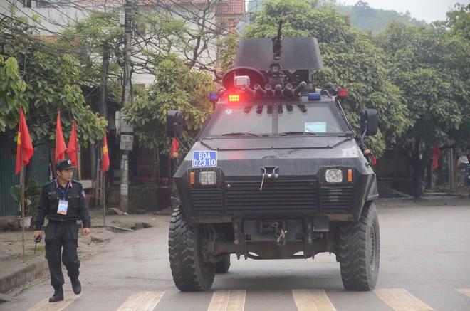 An ninh siết chặt, xe bọc thép sẵn sàng, ga Đồng Đăng chuẩn bị cho lễ tiễn Chủ tịch Kim Jong-un về nước - Ảnh 4.
