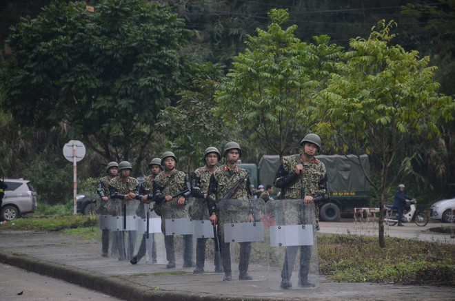 An ninh siết chặt, xe bọc thép sẵn sàng, ga Đồng Đăng chuẩn bị cho lễ tiễn Chủ tịch Kim Jong-un về nước - Ảnh 5.