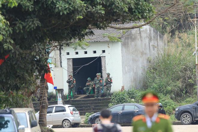 An ninh siết chặt, xe bọc thép sẵn sàng, ga Đồng Đăng chuẩn bị cho lễ tiễn Chủ tịch Kim Jong-un về nước - Ảnh 6.