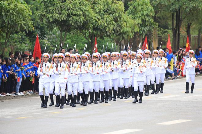 An ninh siết chặt, xe bọc thép sẵn sàng, ga Đồng Đăng chuẩn bị cho lễ tiễn Chủ tịch Kim Jong-un về nước - Ảnh 23.