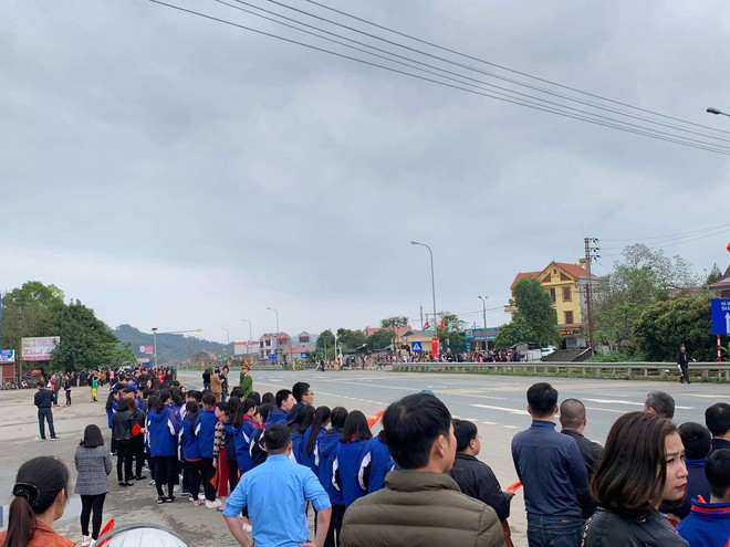 An ninh siết chặt, xe bọc thép sẵn sàng, ga Đồng Đăng chuẩn bị cho lễ tiễn Chủ tịch Kim Jong-un về nước - Ảnh 28.