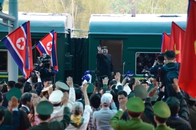 [Ảnh] Toàn cảnh hành trình từ Hà Nội đến Đồng Đăng của Chủ tịch Triều Tiên Kim Jong-un - Ảnh 70.