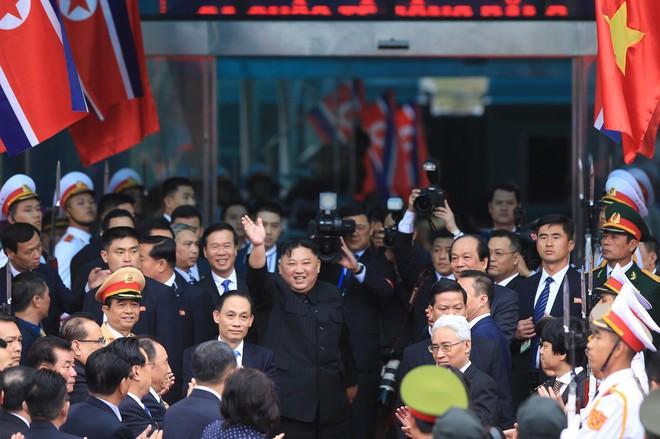 [Ảnh] Toàn cảnh hành trình từ Hà Nội đến Đồng Đăng của Chủ tịch Triều Tiên Kim Jong-un - Ảnh 69.