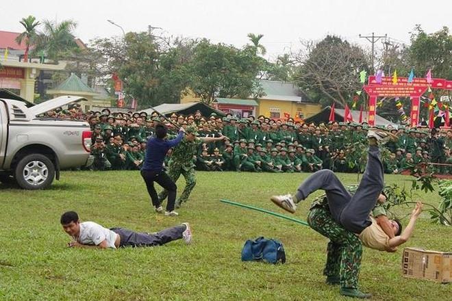 Đại đội Trinh sát 20 và đặc nhiệm Biên phòng đua tài võ nghệ, khí công - Ảnh 11.