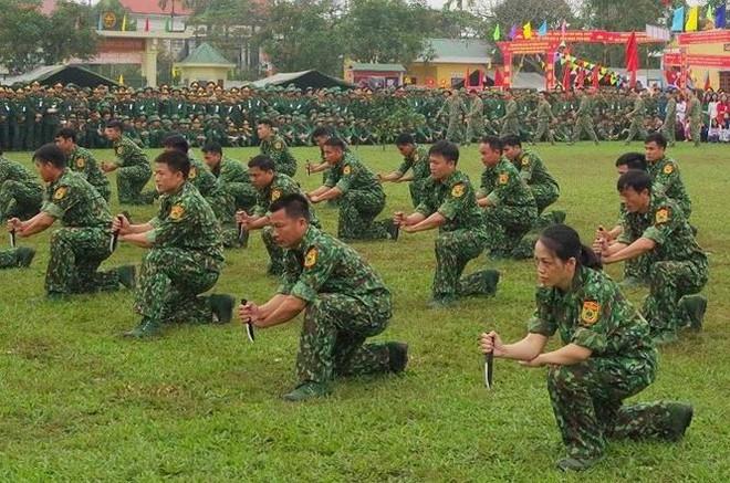 Đại đội Trinh sát 20 và đặc nhiệm Biên phòng đua tài võ nghệ, khí công - Ảnh 10.