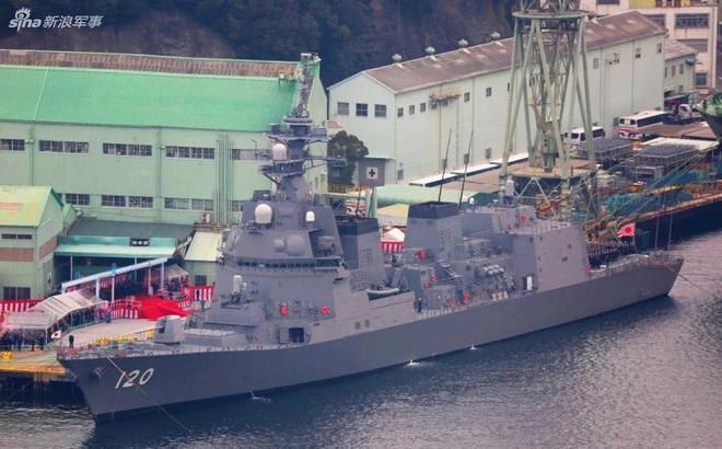 """Trung Quốc sẽ phải """"giật mình"""" khi Nhật Bản biên chế khu trục hạm thế hệ mới cực mạnh?"""