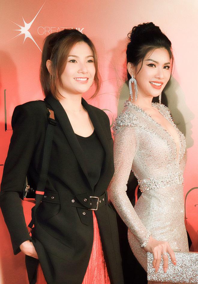 Hoa hậu đang là tiếp viên hàng không VN gợi cảm, đi chung thảm đỏ với Quách Phú Thành - Ảnh 8.