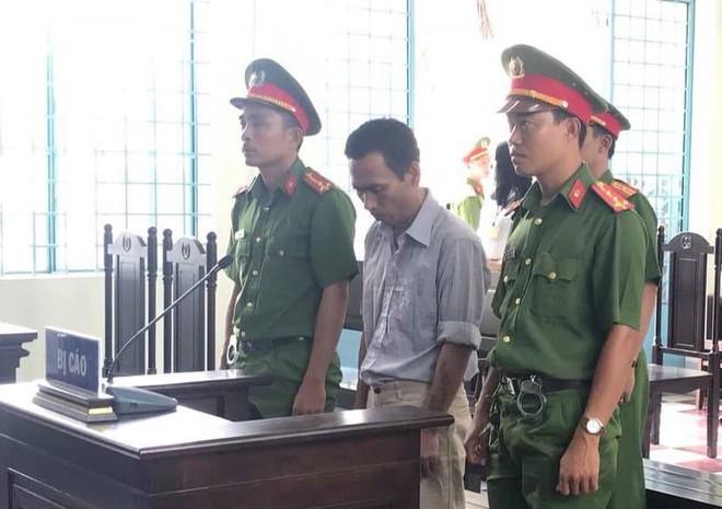 Facebooker Lê Minh Thể lãnh 2 năm tù vì livestream nói xấu chính quyền, kích động biểu tình - Ảnh 1.