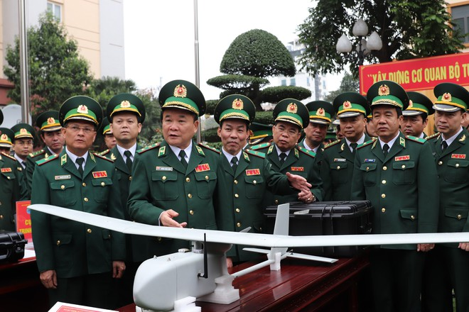 Biên phòng Việt Nam được trang bị SUAV RQ-11 Raven của Mỹ? - Ảnh 1.