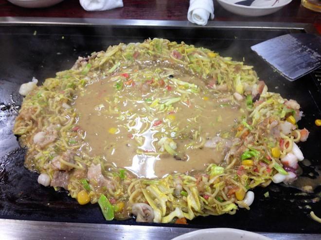 Có đến Nhật Bản thì đừng nhầm bánh xèo okonomiyaki với món này kẻo tẽn tò - Ảnh 11.