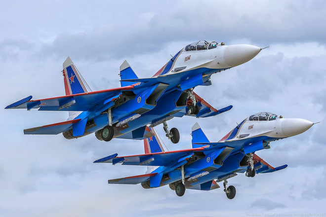 Têm kích Su-30SM sẽ đặc cách chiều lòng người hâm mộ Việt Nam nhào lộn đỉnh cao ở Hà Nội? - Ảnh 1.