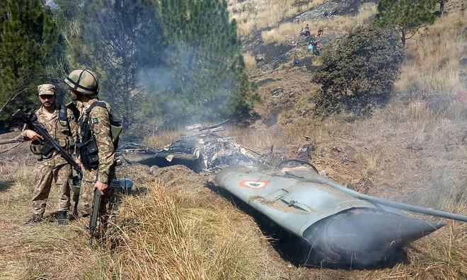 Bới xác MiG-21 bị bắn hạ, Pakistan tung bằng chứng khiến Ấn Độ bàng hoàng - Ảnh 1.