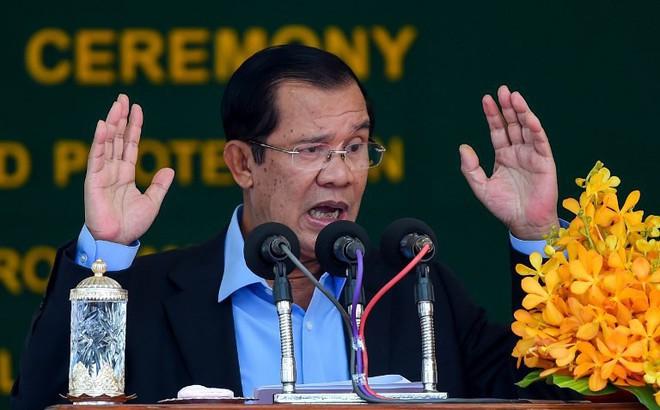"""Khởi công cao tốc do TQ bơm tiền, ông Hun Sen phản pháo lời chỉ trích TQ """"thuộc địa hóa"""" Campuchia"""
