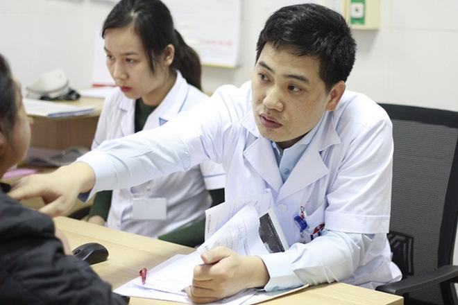 Hai hiểu lầm tai hại về chữa ung thư, ngay cả nhân viên y tế cũng nhiều người mắc! - Ảnh 1.