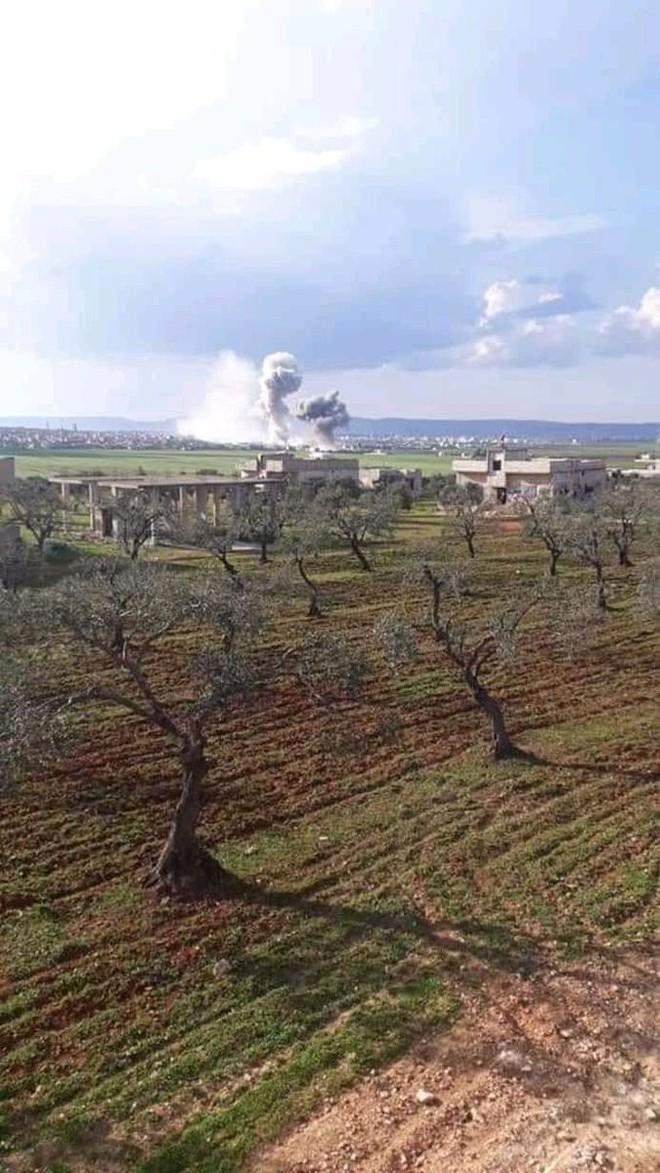 Không quân Nga ồ ạt tấn công, đợt đánh lớn chưa từng có: Syria lại nóng hơn bao giờ hết - Ảnh 2.