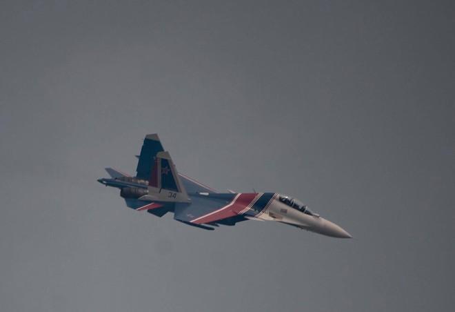 Cận cảnh chiến đấu cơ quái thú Su-30SM Hiệp sĩ Nga ở Việt Nam: Chỉ hai từ cực đẹp! - Ảnh 5.