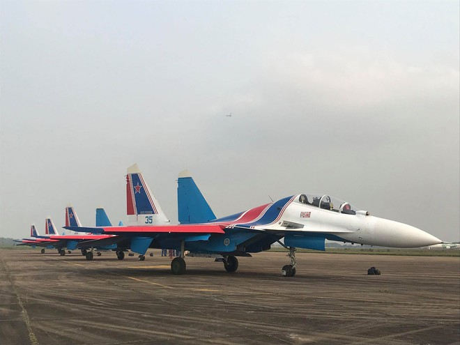 Cận cảnh chiến đấu cơ quái thú Su-30SM Hiệp sĩ Nga ở Việt Nam: Chỉ hai từ cực đẹp! - Ảnh 20.