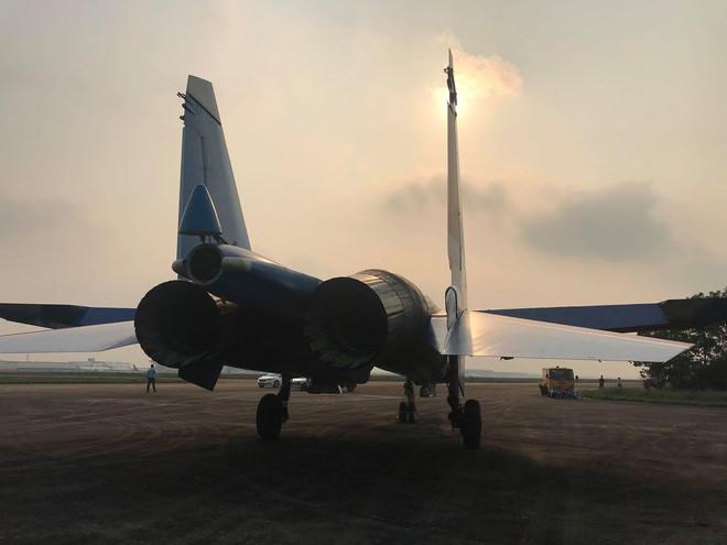 Cận cảnh chiến đấu cơ quái thú Su-30SM Hiệp sĩ Nga ở Việt Nam: Chỉ hai từ cực đẹp! - Ảnh 21.