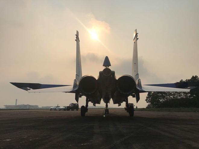 Cận cảnh chiến đấu cơ quái thú Su-30SM Hiệp sĩ Nga ở Việt Nam: Chỉ hai từ cực đẹp! - Ảnh 22.